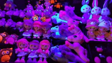 Cet exposant vous propose un large choix de peluches, de quoi faire le bonheur des enfants à Noël
