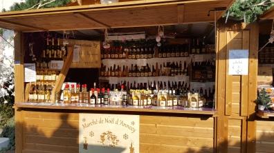 Offrez un cadeau gourmand et local aux personnes que vous aimez, marquez le coup par un petit pot de miel issu de l'apiculture biologique
