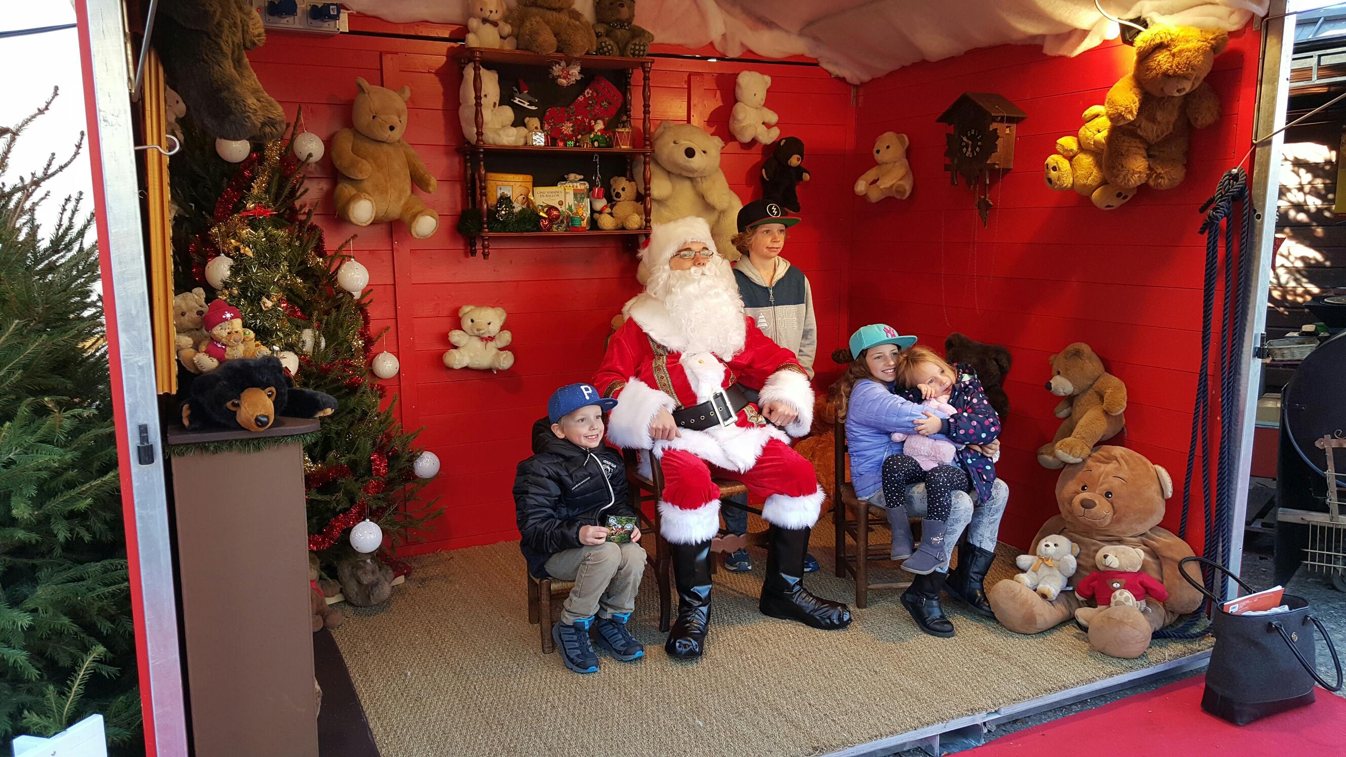 pere noel annecy 2018 Mercredi 9 Décembre : Venez rencontrer le Père Noël ! – Marché de  pere noel annecy 2018