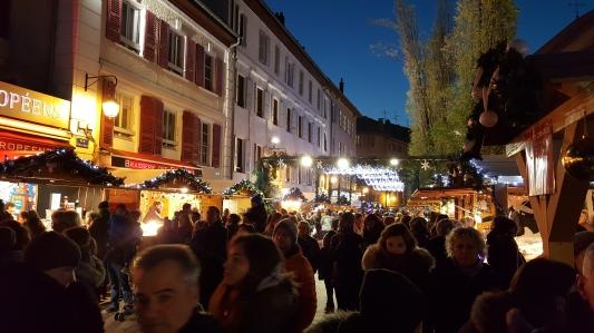 La ville d'Annecy sublimée par Noël
